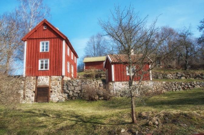 Fotoutflykter till Röttle by och Rävafallet. Innehåller också fototips på hur du fotograferar rinnande vatten