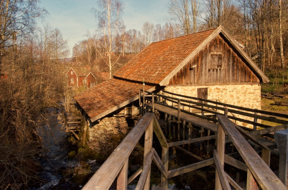 Fotoutflykter till Röttle by och Rävafallet. Innehåller också fototips på hur du fotograferar rinnande vatten (3/6)