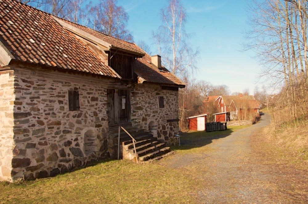 Fotoutflykter till Röttle by och Rävafallet. Innehåller också fototips på hur du fotograferar rinnande vatten (4/6)