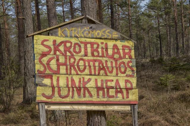 Fotoutflykt till Bilkyrkogården på Kyrkömosse i Ryd. (1/6)