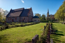 Båda Åtvidabergs kyrkor
