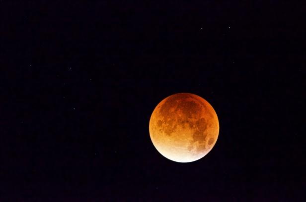 Månen den 28 september kl 04:26