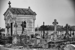 Kyrkogården i Baye
