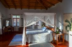 Tloma Safari Lodge